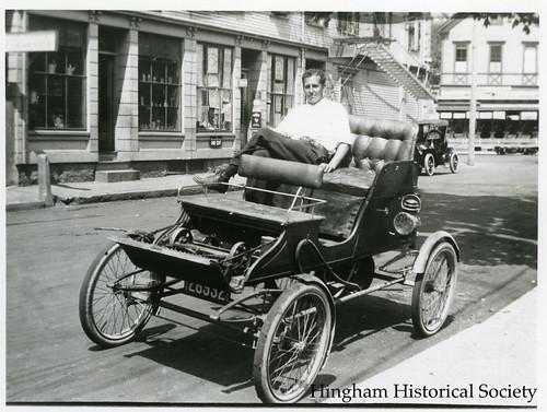 Ervin Horton in his Stanley Steamer (1911)