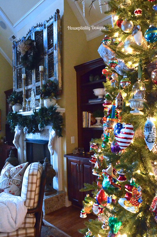 2015 Great Room Tree - Housepitality Designs