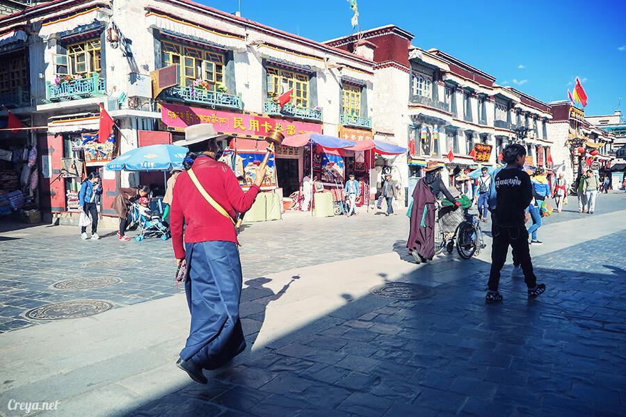2015.12.09 ▐ Tibet 西藏踢北去 ▐ 尋找藏人真正的拉薩中心,被信仰力量震撼的大昭寺與舊城區 01.jpg