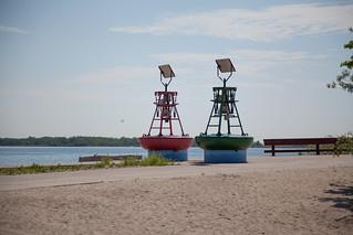 Image de Manitou Beach près de High Park. toronto beach bells centreisland torontoislands centreislandbeach