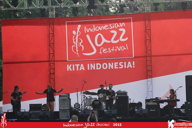 Indonesian Jazz Festival 2015 - Beben Jazz (1)