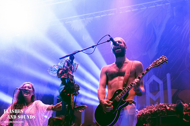 15 Crystal Fighters_3