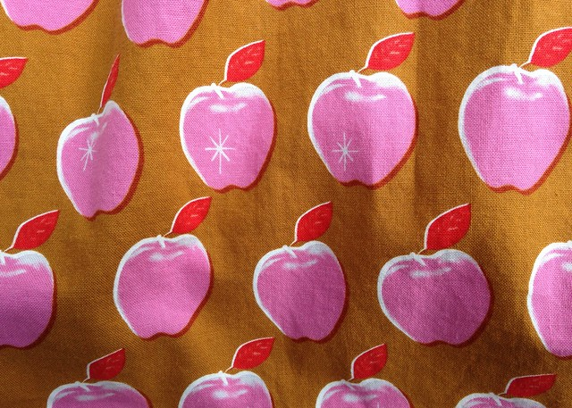Melody Miller:  Picnic (Apples Pink)