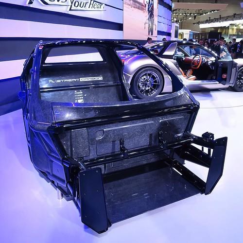 F1の技術と素材を一般車にも。iStream Carbonのボディフレーム。 #YAMAHA #ヤマハ発動機 #東京モーターショー #tms2015
