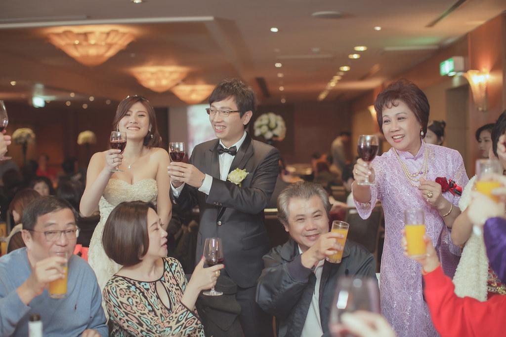 20150228六福皇宮婚禮記錄婚攝 (483)