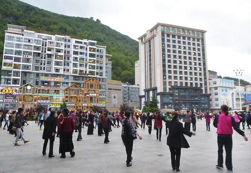 CH-Kangding-Centre-ville-Place du Peuple (3)