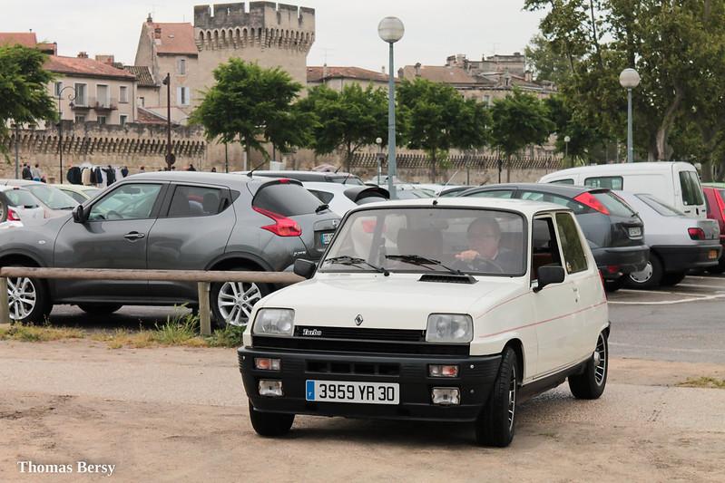 [84][25/04/15] 1er Tour du Grand Avignon 2015 22645447775_99e59da939_c
