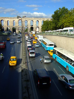 Traffic heading through Valens aqueduct