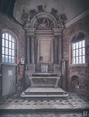 Sainte Restauration