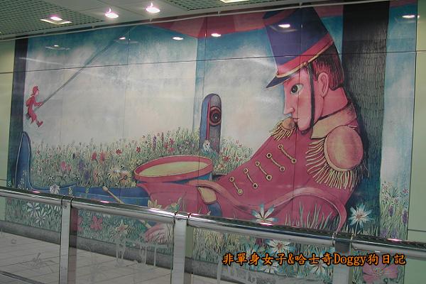 南港車站幾米彩繪01
