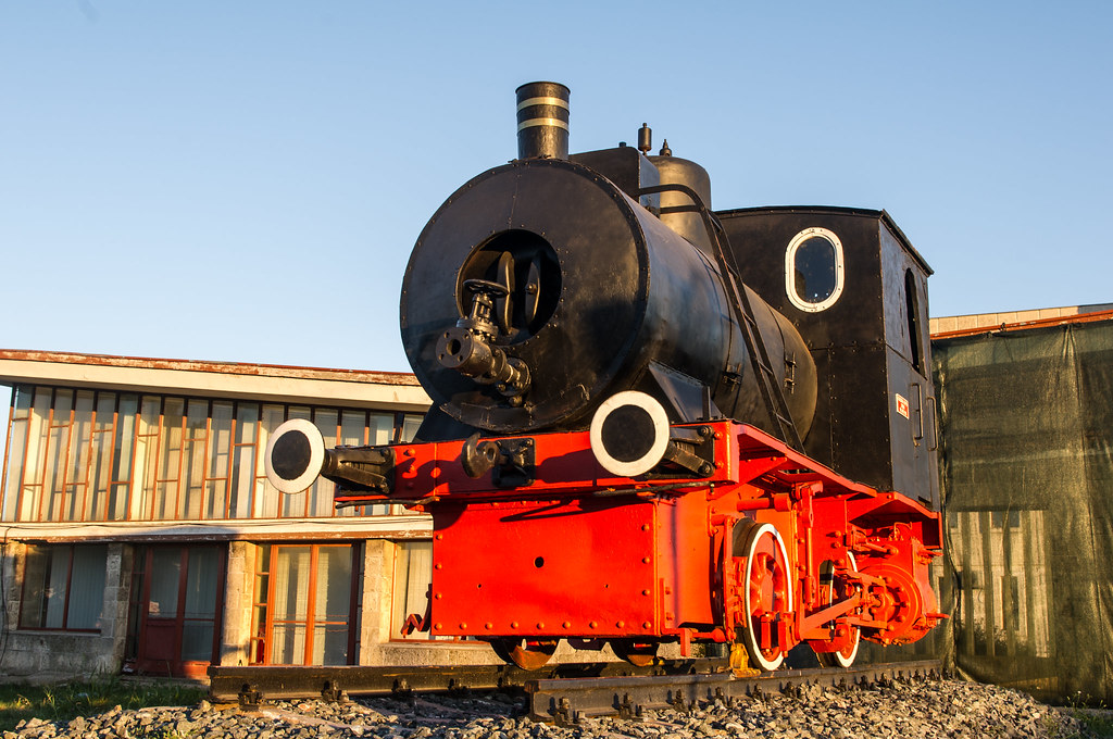 Steam engine number 4709