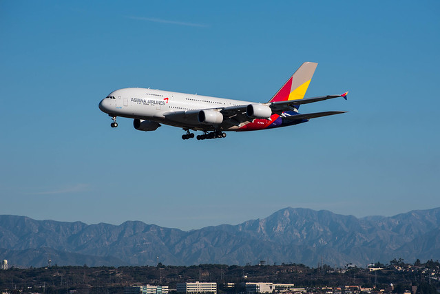 Asiana A380 approaches LAX.