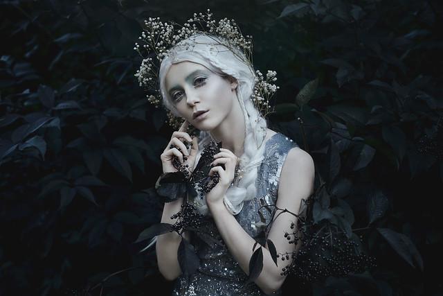 .bella. - Starlight in dark places...