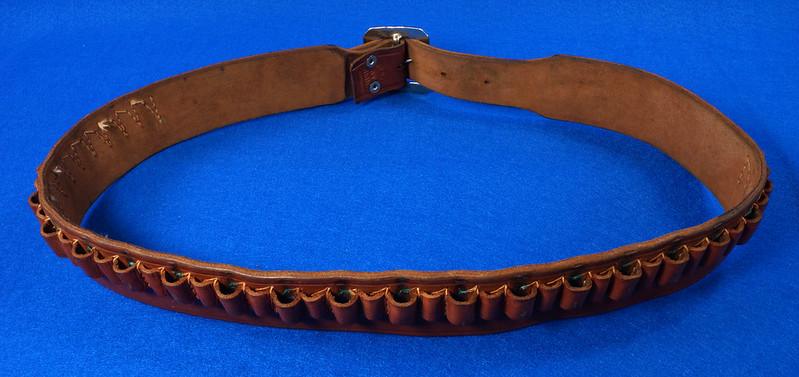 RD15060 Vintage Hand Made By Viking Mexican Leather Gun Ammo Belt .22L 7012 43 inch Long DSC07347