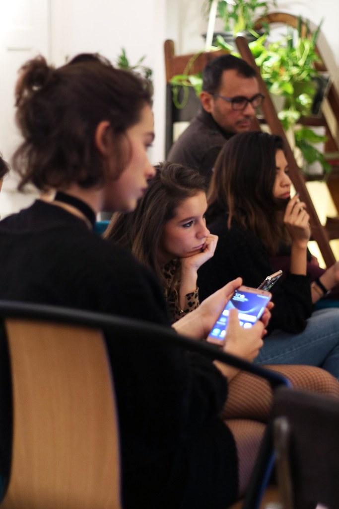 09_Samsung_Galaxy_S7_Edge_Pink_Edición_Limitada_Carcasa_Swarovski_SMARTgirl_Paula_Echevarría_Theguestgirl_blogger_barcelona