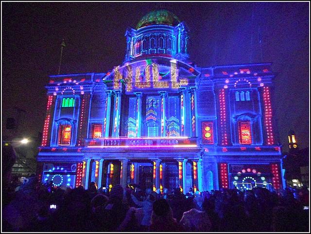 Hulls City Hall ..