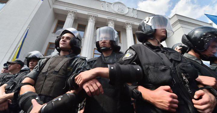 noi_violente_la_Kiev (17)
