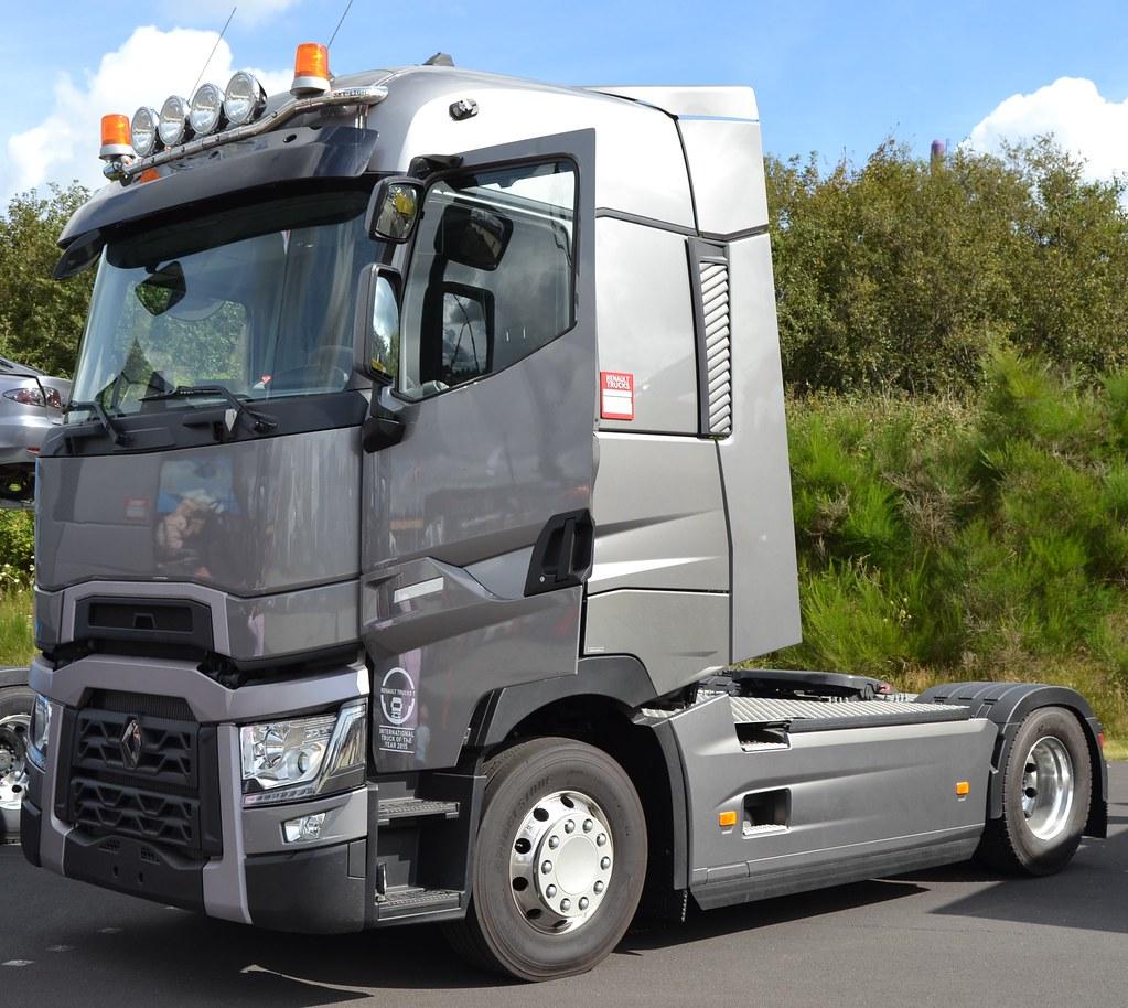 Renault Trucks: Renault Trucks T480 Maxispace