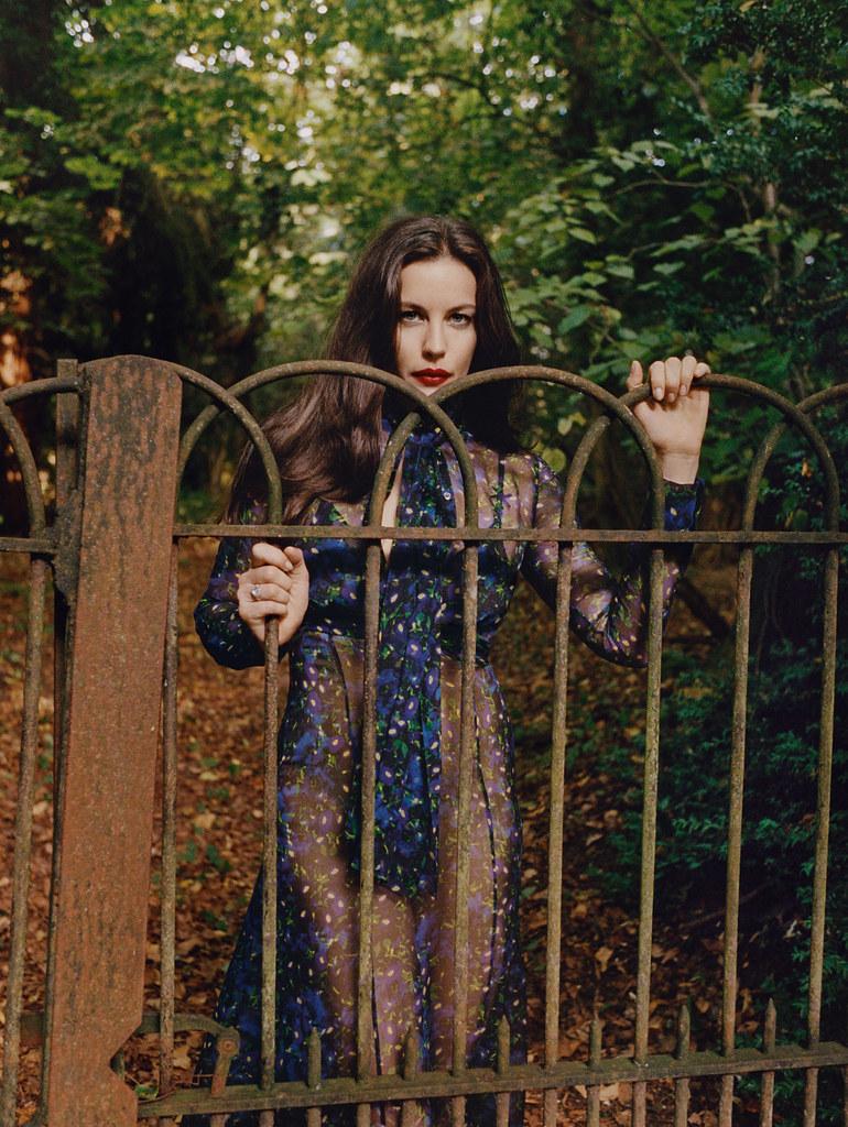 Лив Тайлер — Фотосессия для «Vogue» UK 2015 – 5