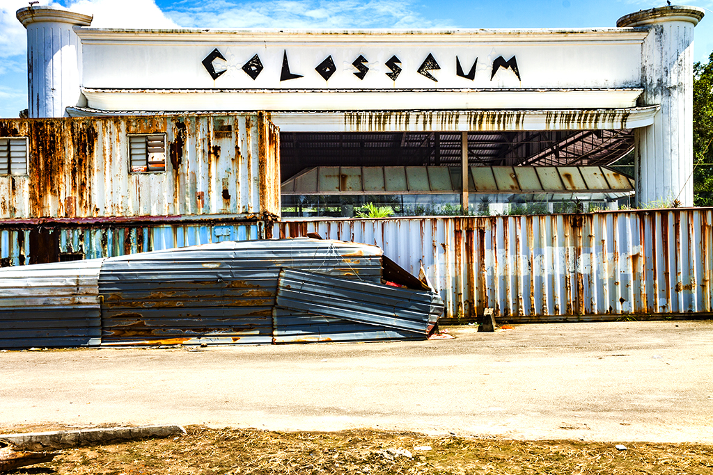 COLOSSEUM--Batam