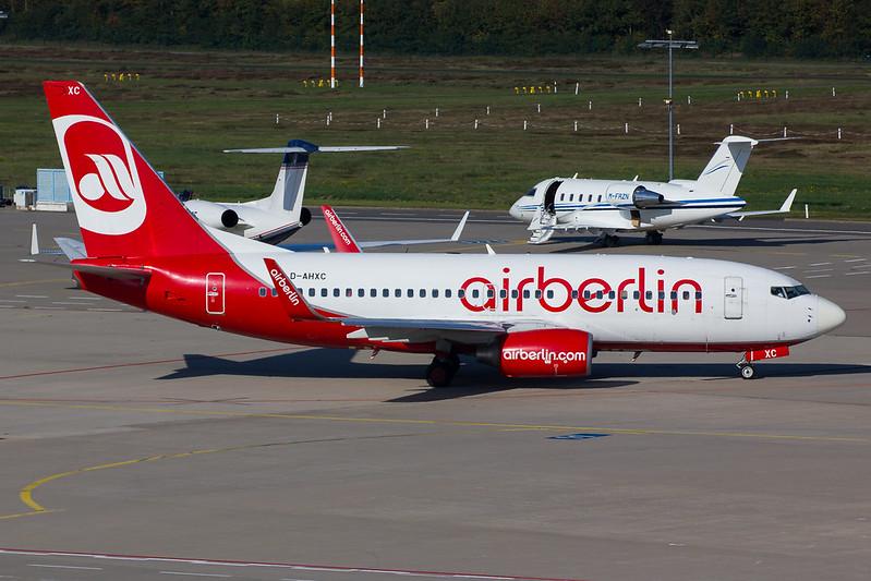 Air Berlin - B737 - D-AHXC (1)