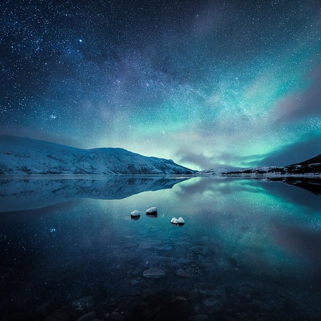 Reflecting Lights