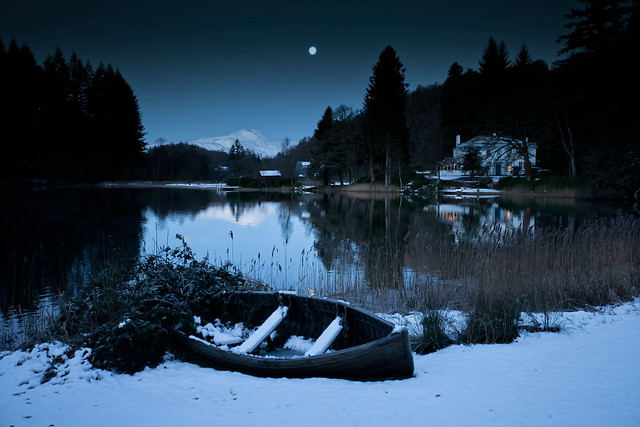 A cold night on the loch
