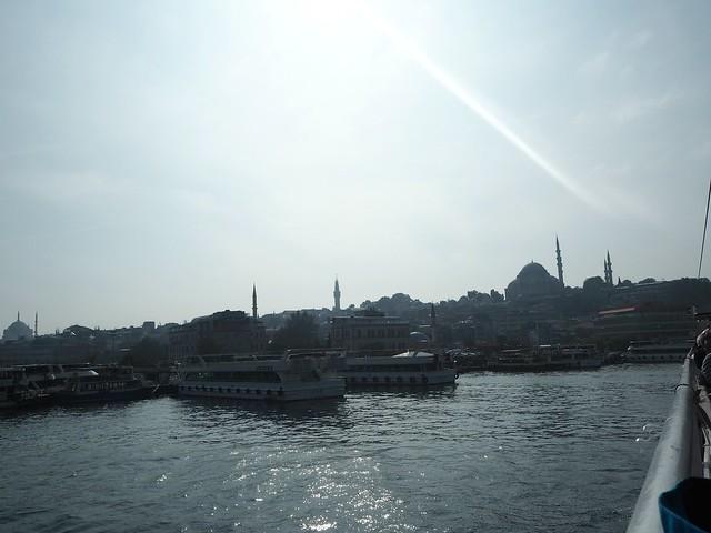 istanbulPA191295,istanbulPA191176,istanbulPA180875,istanbul.city1, city, kaupunki, loma, holiday, matka, trip, vinkit, tips, fiiliksiä, istanbul vibes, kokemukset, kokemuksia, istanbul, turkki, turkey, matkustus, travel, travelling, eurooppa,, europe, asia, aasia, side, puoli, risteily, cruise, golden horn, kultainen sarvi, halic, bridges, mosques, bosphorus, bospori, bosporinsalmi, moskeija,  laiva, lautta, ferry, risteily, maisemat, view, nähtävyydet, sightseeing, sights, sun, aurinko, lautat, laivat, bosphorus cruise, boat,
