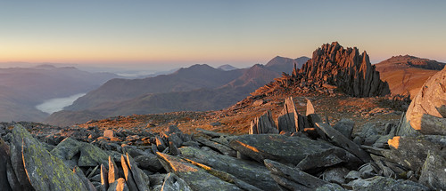 Another day in paradise - Dawn on Glyder Fach