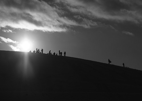 streetphotography hill winter silhouette silhouettes sleigh sled pung sledge sunlight sun sunshine clouds cloudscape contrejour monochrome blackandwhite fujifilm xe1 xf1855mm xf1855mmf284