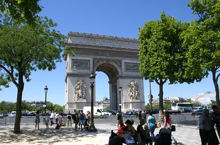 Image of Arc de Triomphe.