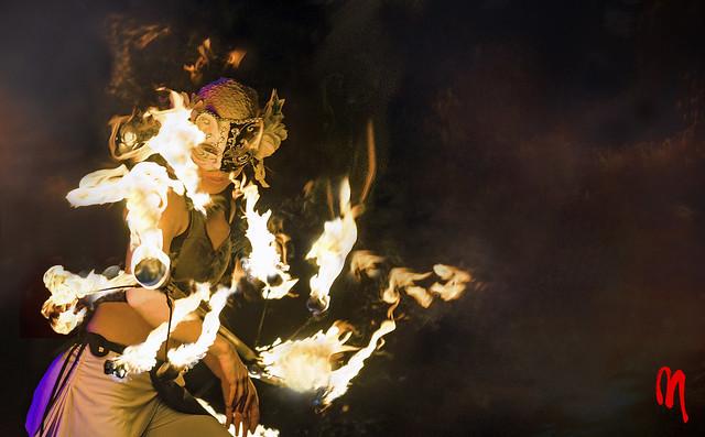 Phot.Hamburg.Mask.Magic.Torch.01.021711.1180.jpg