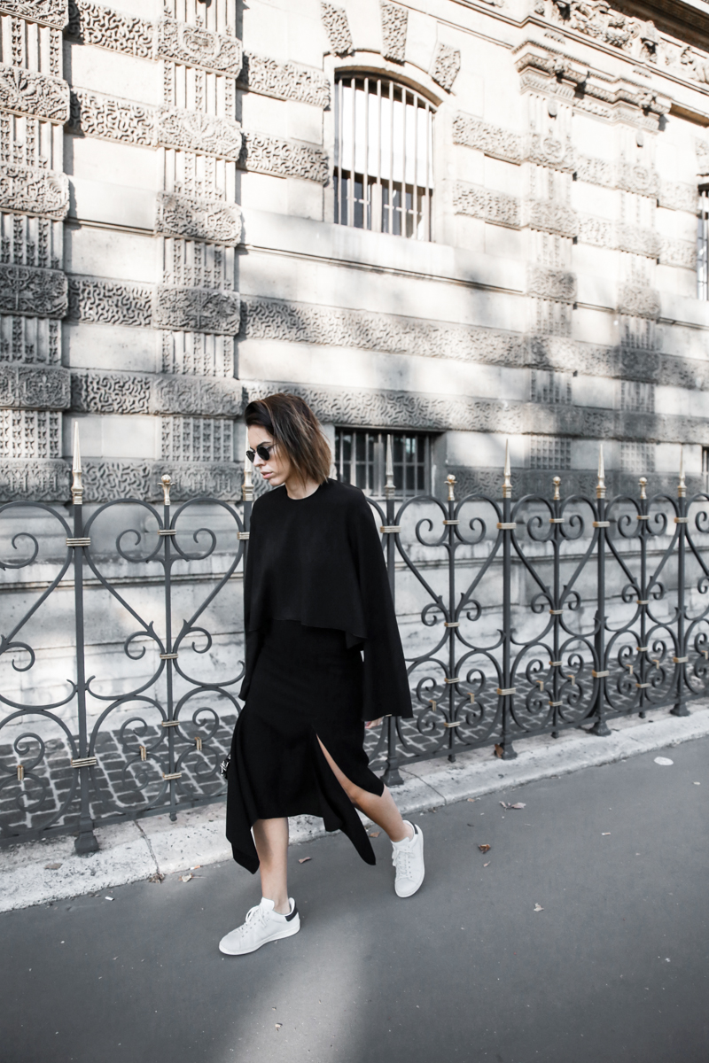 paris fashion week, street style, ss16, Ellery, Protege Flare sleeve top, Dion Lee slash split skirt, Isabel Marant sneakers, monochrome, modern legacy, fashion blogger (1 of 1)