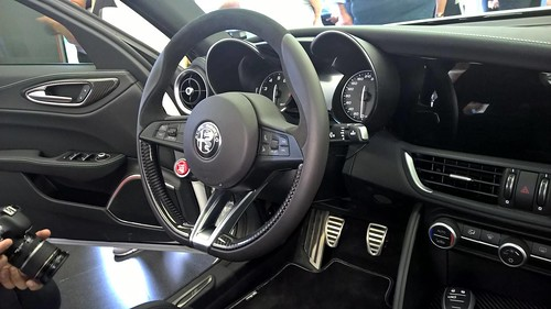 Alfa-Romeo-Giulia-Interior-Photos-4