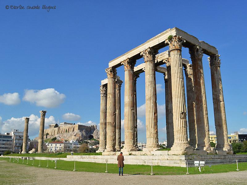 El Templo de Zeus Olímpico fue uno de los templos más grandes del mundo antiguo