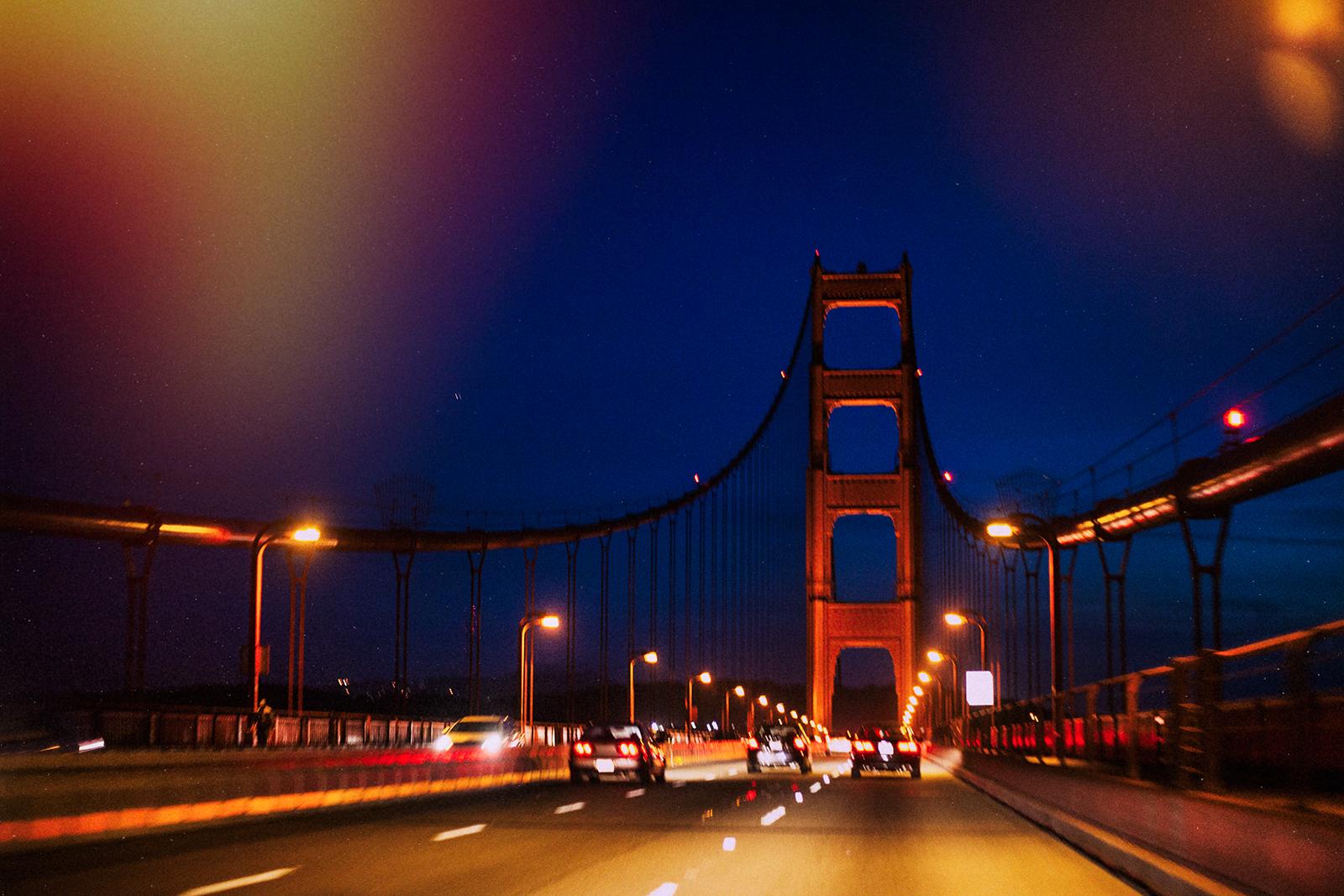 Sending postcards golden gate bridge at night for Golden night