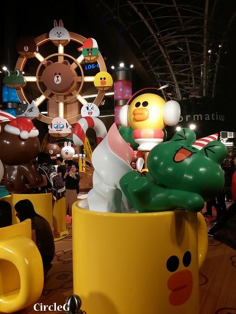 CIRCLEG 徵圖 世界各地聖誕裝飾 2015 香港 旺角 朗豪坊 LINE 熊大 兔兔 莎莉 BROWN CONY SALLY (4)