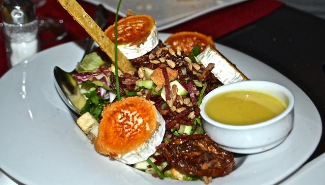 salad - restaurante vino mio, malaga spain