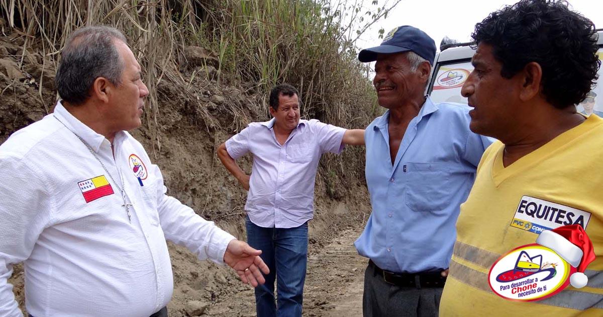 Alcalde inspeccionó trabajos viales en Muchique Tres