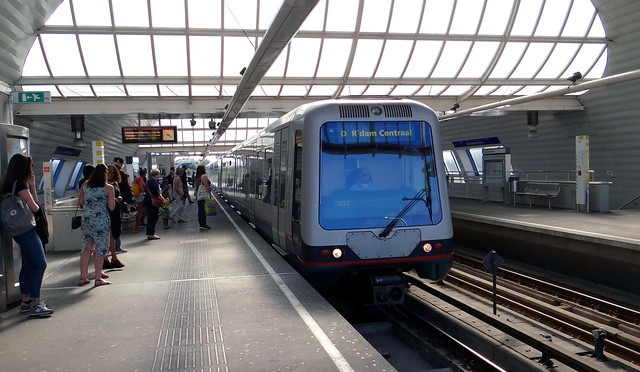 RET Rotterdam Centraal metro spijkenisse centrum