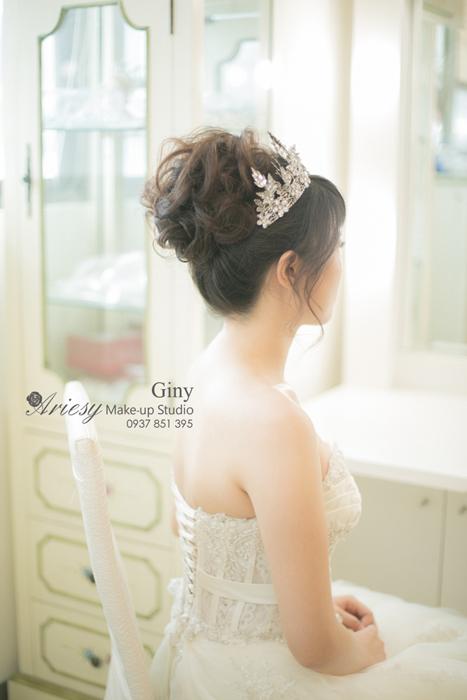 Giny,愛瑞思,愛瑞思造型團隊,清透妝感,自助婚紗,蓬鬆盤髮,歐美手工飾品,時尚造型
