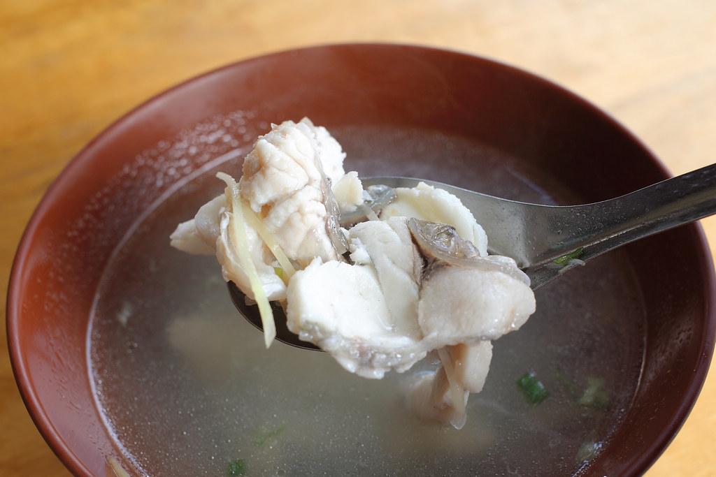 20150807-1台南-台灣鮮魚湯創始店 (16)