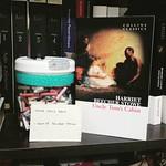 Bora encarar um clássico em inglês? O sorteado da vez: Uncle Tom's Cabin (Harriet Beecher Stowe). #books #reading #tbrjar #1001livros