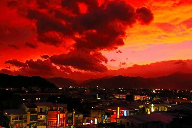 9月29傍晚台東的火燒雲