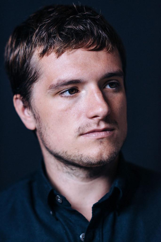 Джош Хатчерсон — Фотосессия для «Потерянный рай» на «TIFF» 2014 – 11