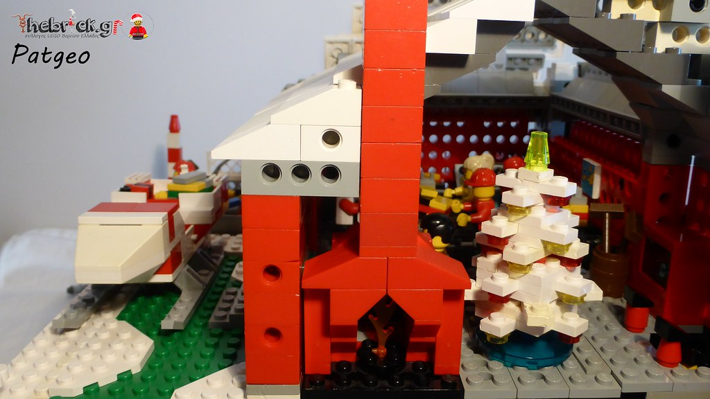 """[BuildtheBrick #2]: """"Santa's Workshop"""" 23551159391_5cfe810af8_b"""