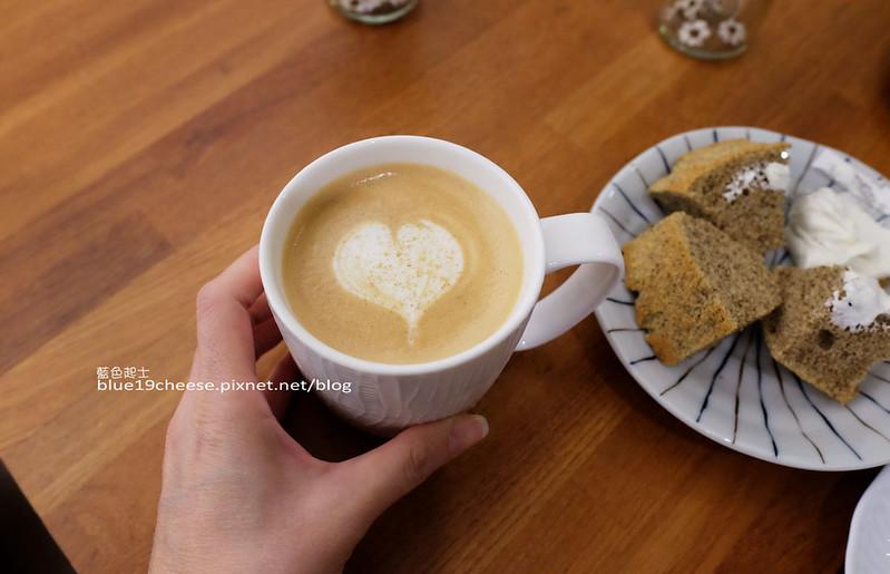 32401558226 1c3f1a65c3 c - Supple coffee-正妹姐妹咖啡館.簡單舒服空間.甜點餅乾咖啡茶品
