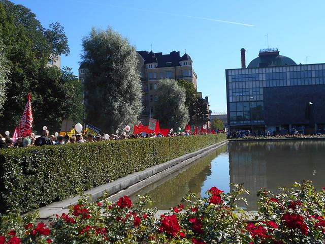 Mielenosoitus Helsingissä hallituksen leikkauspolitiikkaa vastaan 22.8.2015 - 3