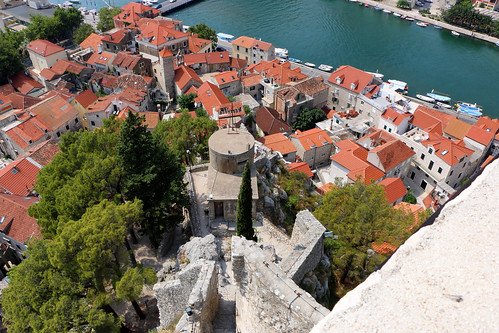 street old city travel summer people mountain color building tree rock digital port canon eos boat town nice colorful view hill croatia calm fortress mirabella cetina omis 70d