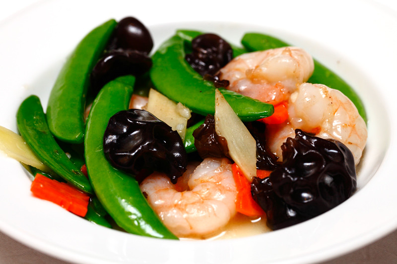 Stir-Fried-Shrimps-with-Honey-Bean-and-Fungus